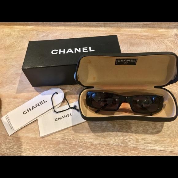 9c3a05786a Chanel black plastic sunglasses